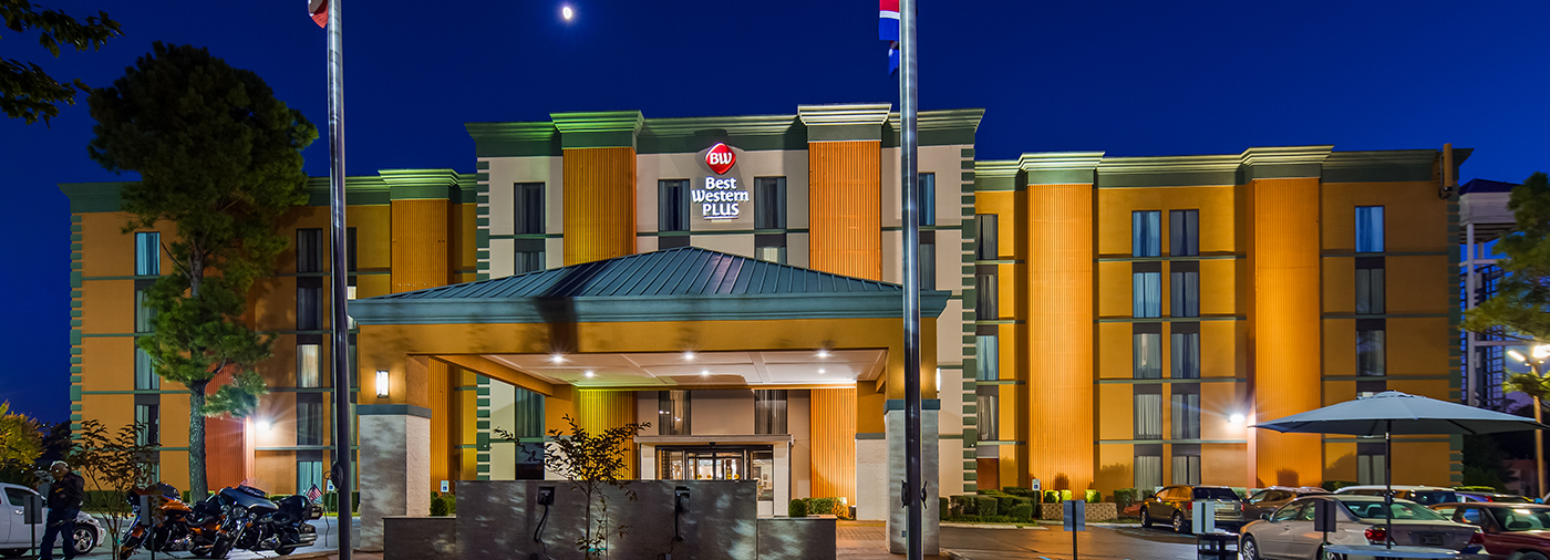 The Best Western Galleria Inn Suites Memphis Hotel Accomodations