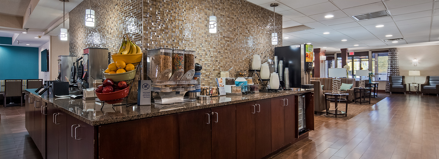 Complimentary Breakfast Buffet at the Galleria Inn & Suites